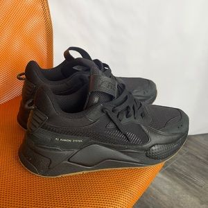 Puma NNING 111000001 SYSTE BLACK SNEAKERS MENS size 10